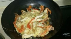 炸螃蟹培训过程展示